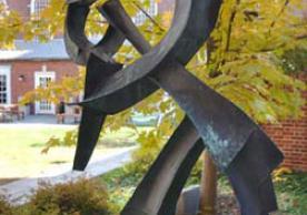 Calligraph Gee III sculpture